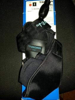 Aircast AirSport Ankle Support Brace, Left Foot, Medium w/Ha