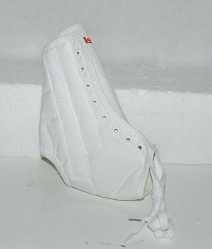 Mueller Sport Care Lace Up White Support Small